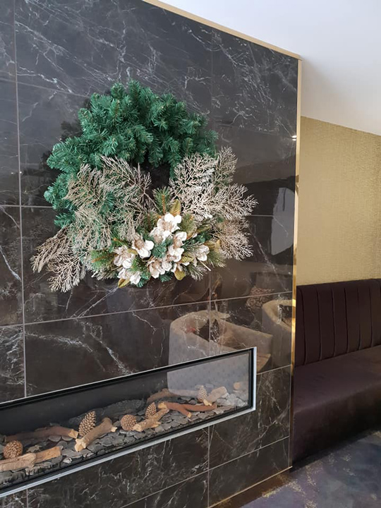 Christmas Wreath Masterpiece, Grand Mercure Wellington